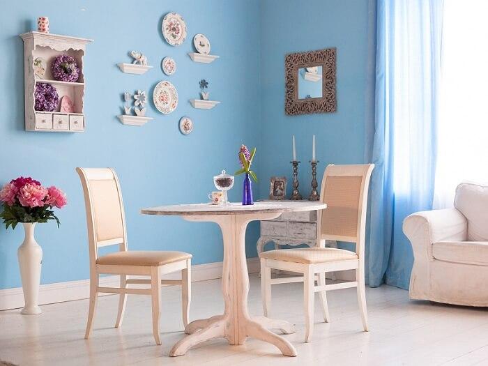 phòng khách sơn màu xanh nhạt